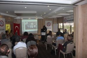 İzmir Best Western Plus Hotel'de Enfeksiyon Hastalıklarının Bölgesel Değerlendirmesi ve Korunma Yolları Toplantısı